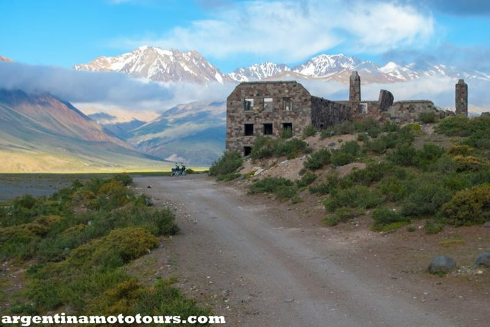 An abandoned hotel, the perfect camping spot