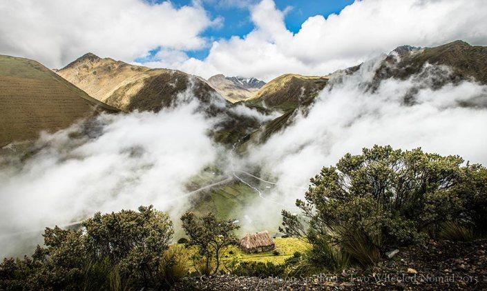 The vista fantastic view between Cusco and Santa Maria.