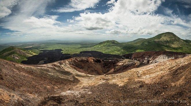 The undulating scapes around Cerro Negro