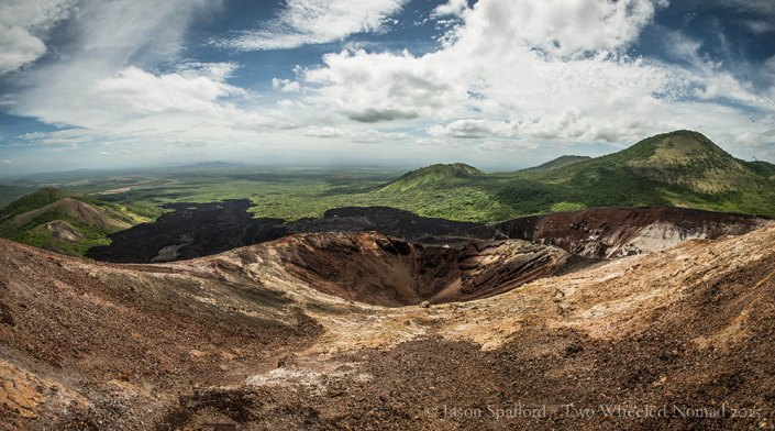The undulating scapes around Cerro Negro