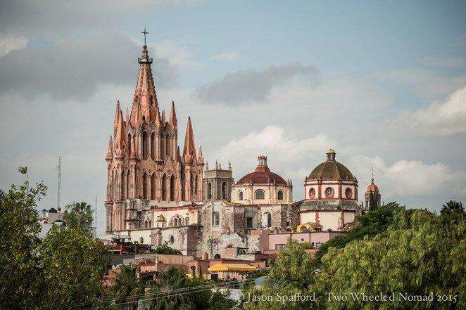 The Neo-gothic church: La Parroquia de San Miguel Arcángel